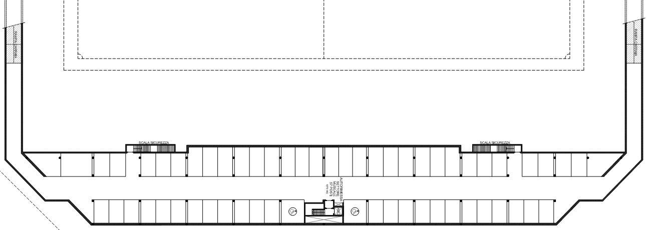 L'ampio parcheggio ad uso dell'area museale commerciale. Un totale di 57 posti auto.