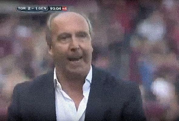 La maschera di rabbia con la quale Ventura si rivolge ai tifosi che hanno contestato la squadra prima dei gol di Immobile e Cerci